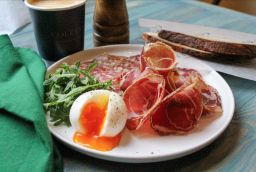 GEMMA BELL AND COMPANY COLETTE BREAKFAST news image